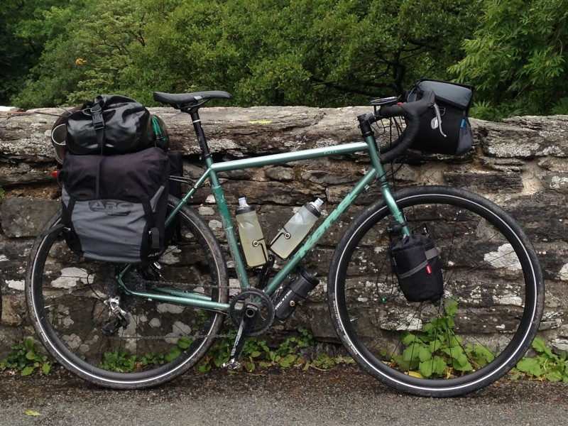 bicycle touring panniers bar bag rackpack