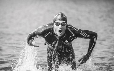 WIN a 2XU Propel Wetsuit and Open Water Coaching Session!