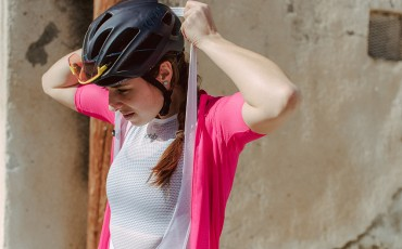 Three clever ways to make cycling nature breaks easy for women