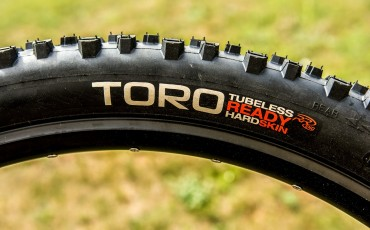 Staff Review: Hutchinson Toro Tyres