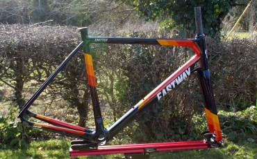 Introducing the Team Wiggle Eastway Emitter R0