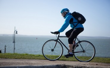 Running and cycling to work offset 0.5bn kilos of emissions