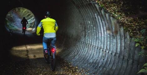 Cycling safety at night bike lights and cycling hi viz